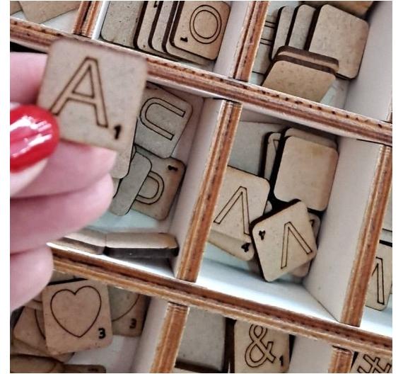 Letras Scrabble de madera tamaño de 2 X 2 cm